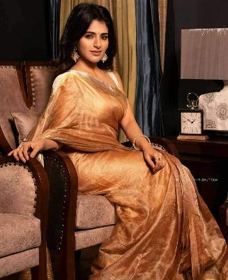 मुंबई में मिली अमीर घर की औरत