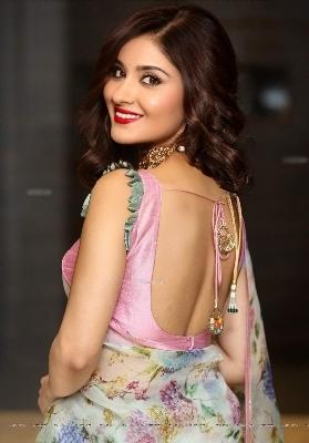 Pados Ki Bhabhi Ko Girlfriend Bana K Choda