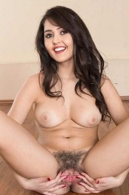 नेहा दीदी की नंगी चूत 1